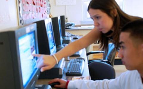 Bulldog Spotlight: English teachers win national honor