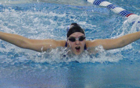 After a 1-2 start, girls take 3rd in swimming invite