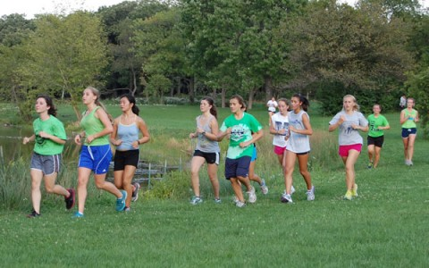 Girls cross country eyes conference title