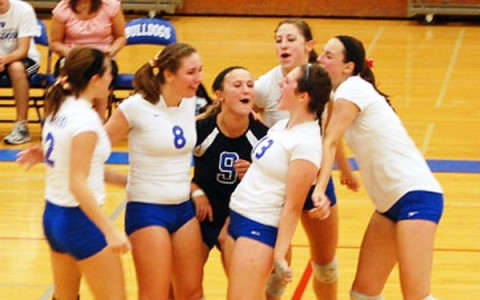 Mixed start for girls volleyball team looking to build on last year's promise