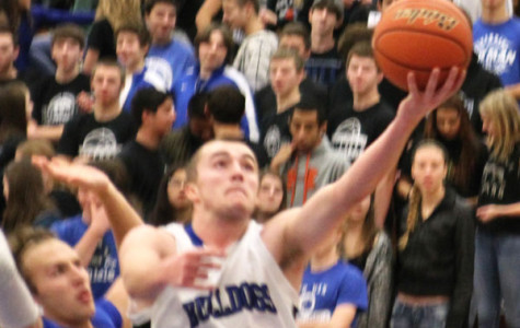 Boys' basketball bounces back with wins against Fenton, LT
