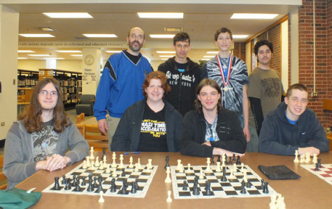 Chess Club perseveres despite weather, absences