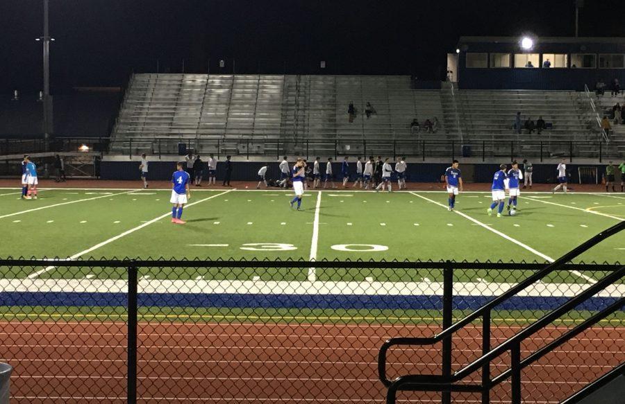 Boys+soccer+against+Fenton