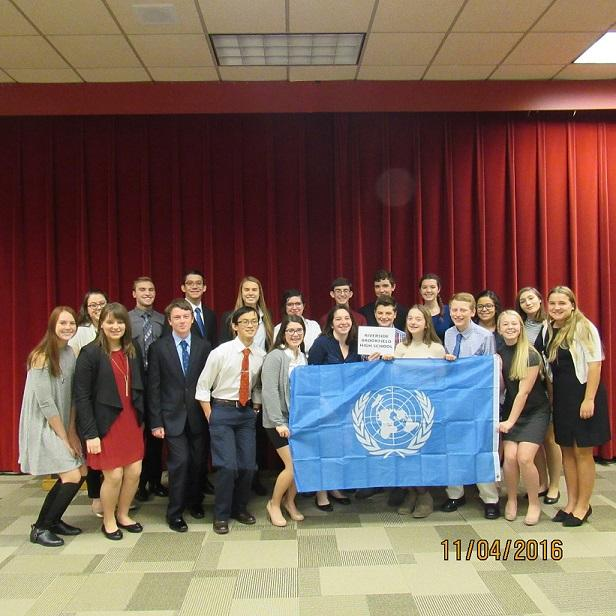 Model+UN+at+their+last+meeting.
