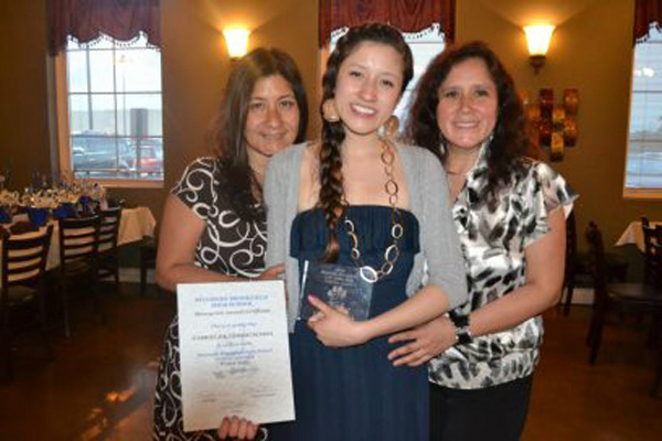 Stephany with her mom and aunt.