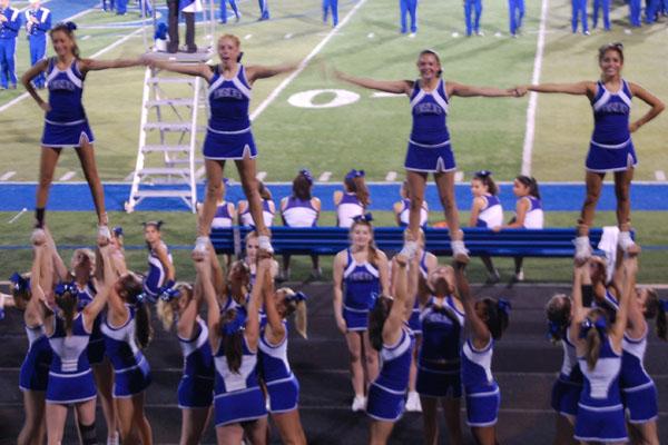 Halftime - Cheerleaders