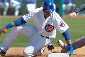As season approaches, Cubs already in turmoil