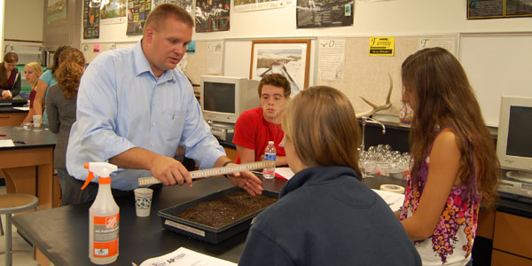 AP Environmental Science teacher Jame Holt can now spend more hands-on time with his students in class thanks to the flipped classroom.