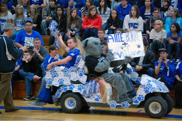 Want to see all Clarion's shots of Homecoming week?  Take a look at our Media Extravaganza!