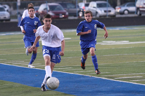 Bulldogs lock up MSC soccer crown; look ahead towards playoffs