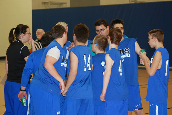 Special Olympics basketball scorching at 3-0