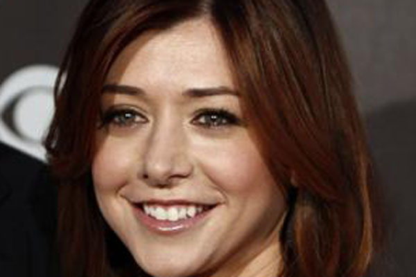 Alyson Hannigan who plays Lily has starred in the in Buffy the Vampire Slayer televison series and made several guest appearances on its spinoff Angel as Willow Rosenberg.