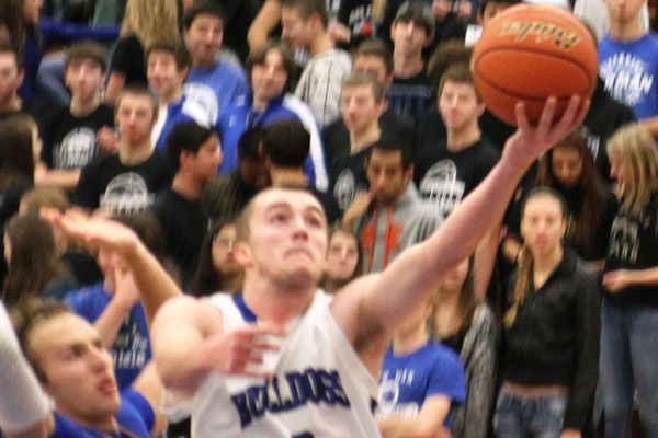Senior will Kincanon kept up his fantastic play against Lyons Township, as he dropped 27 against the RB rival.