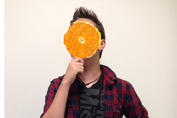 The writer likes oranges as well as flannels.