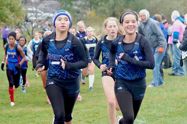 Natalie+Cote+and+Emma+Pizana+lead+the+pack+of+RB+runners+at+the+Lisle+Invite.