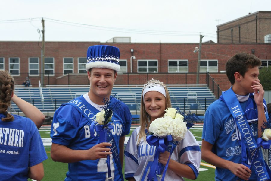Pep Rally celebrates athletes, Homecoming Court