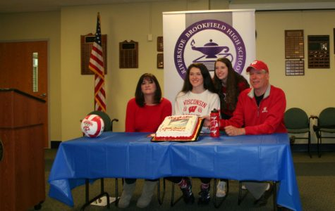 Rettke commits to University of Wisconsin