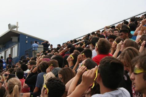 Excitement shines through cloudy solar eclipse viewing at RBHS