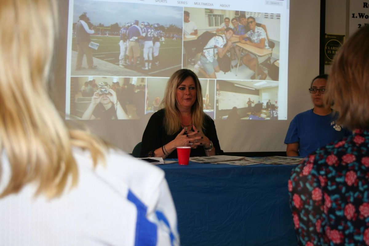 Wendy Snyder from WGN Radio visits with the Clarion newspaper staff on Friday, September 22.