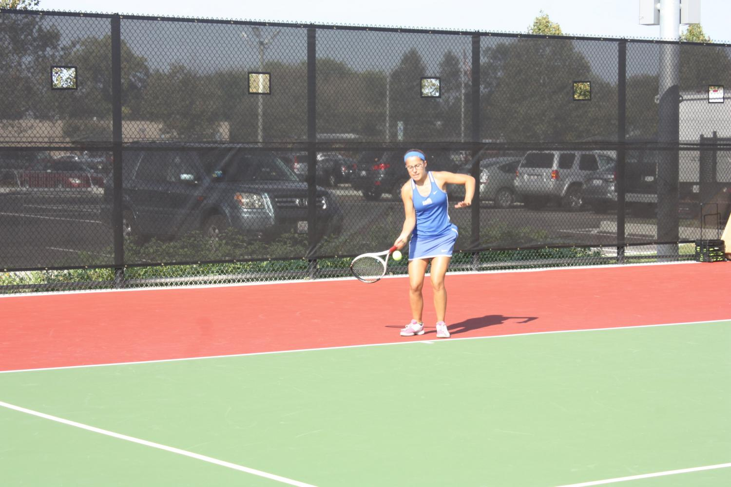 Radka Pribyl Pierdinock practices in new tennis courts