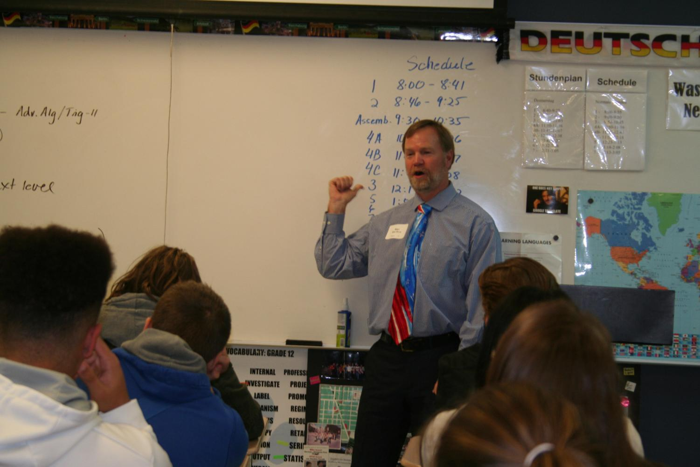 Stan Van Nice talks on Veteran's Day to students.