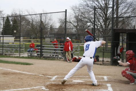 RB baseball swings into successful season