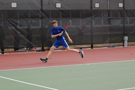 Boys' tennis shows potential