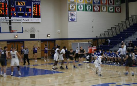 Bulldogs playing a regular season game