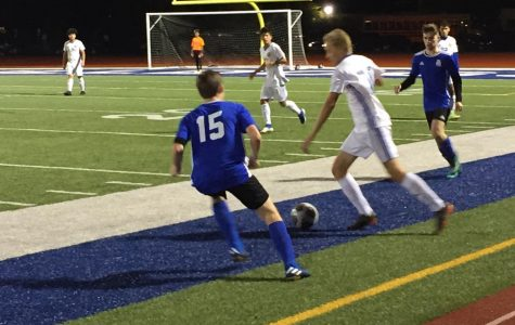 Boys' soccer advances to Sectionals after tough regular season schedule